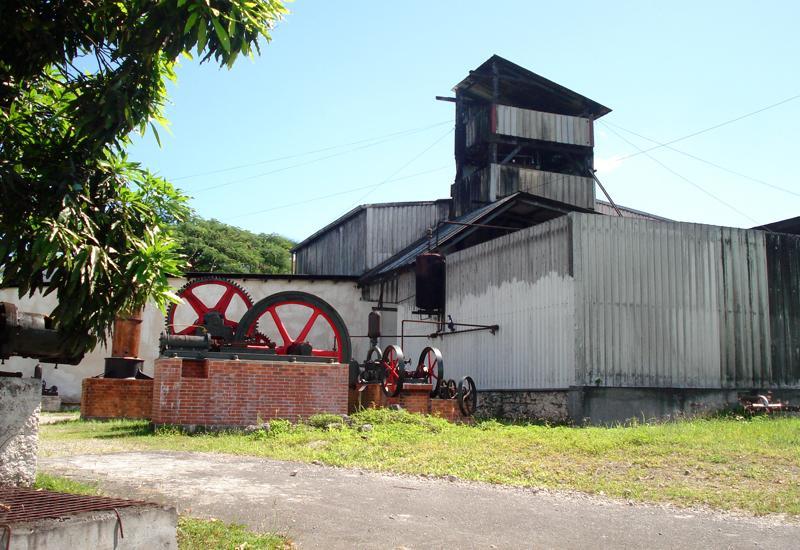 Distillerie bielle grand bourg guadeloupe tourisme - Distillerie a vendre ...