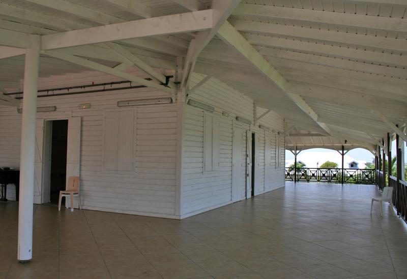 Maison coloniale de wonche baie mahault guadeloupe - Plan de maison coloniale ...