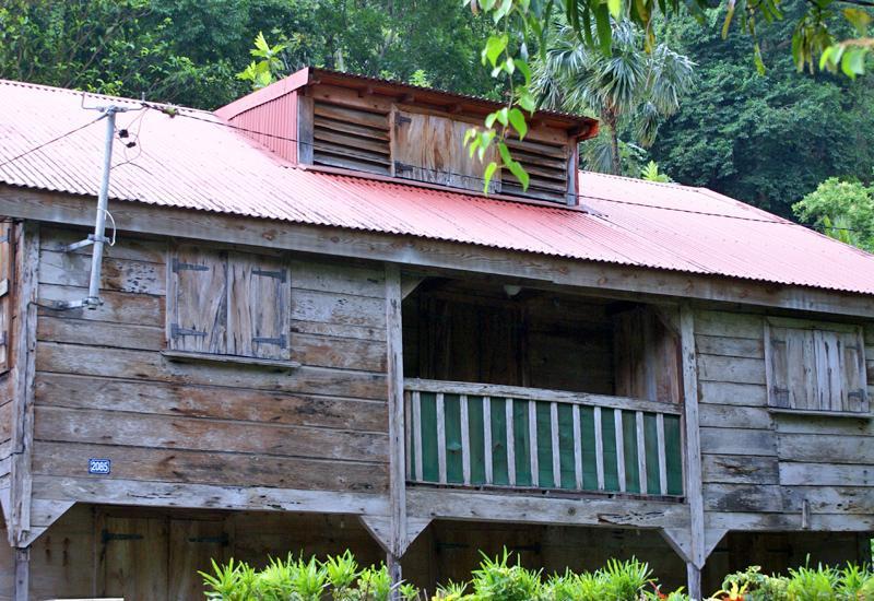 Maisons Typiques  PointeNoire  Guadeloupe Tourisme